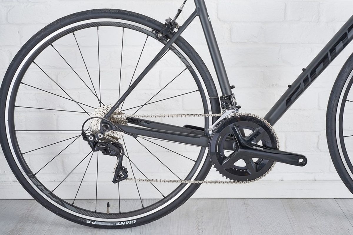 Updated frame geometry gives the Contend SL confident yet agile handling. Photo courtesy BikeRadar.com