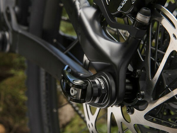 Trek Slash 8 Mountain Bike - 2019 - Roe Valley Cycles