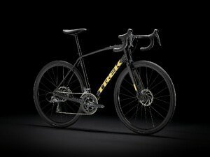 Trek Domane AL 2 DISC Road Bike - 2021 - Roe Valley Cycles