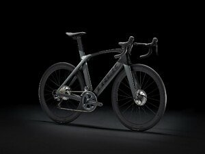 Trek Madone SL 6 Disc Road Bike - 2021 - Roe Valley Cycles