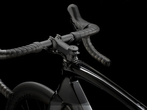 Trek Madone SL 6 Disc Road Bike - 2021 - Roe Valley Cycles