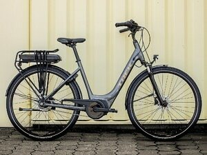 Trek District+ 1 Lowstep Electric Bike - 2022 - Roe Valley Cycles